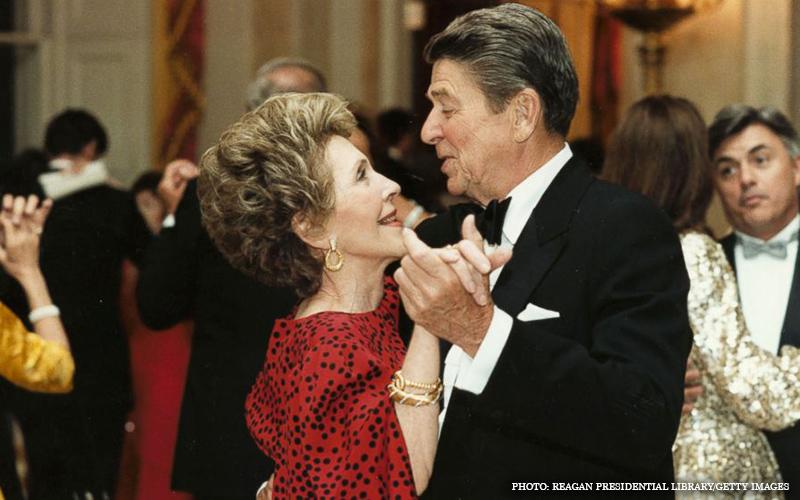 Nancy_and_Ronald_Reagan.jpg