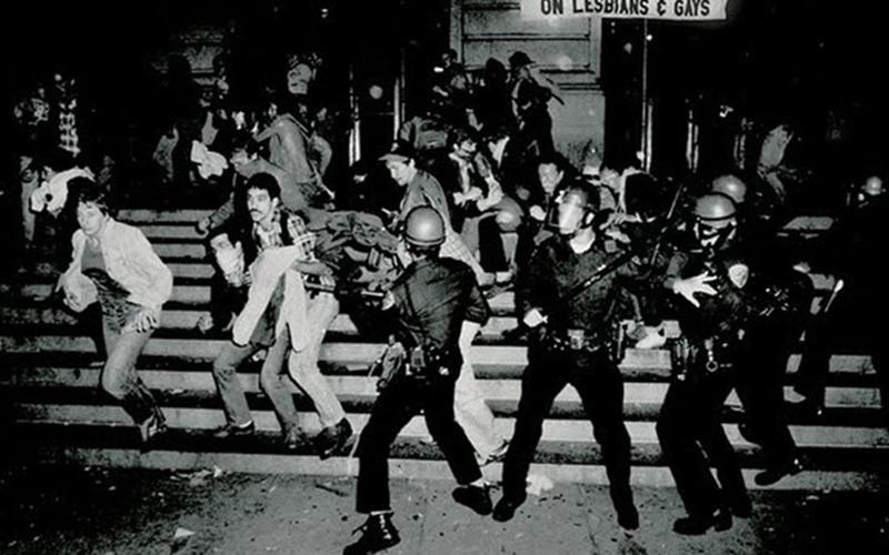 Stonewall_Inn_Riots.jpg