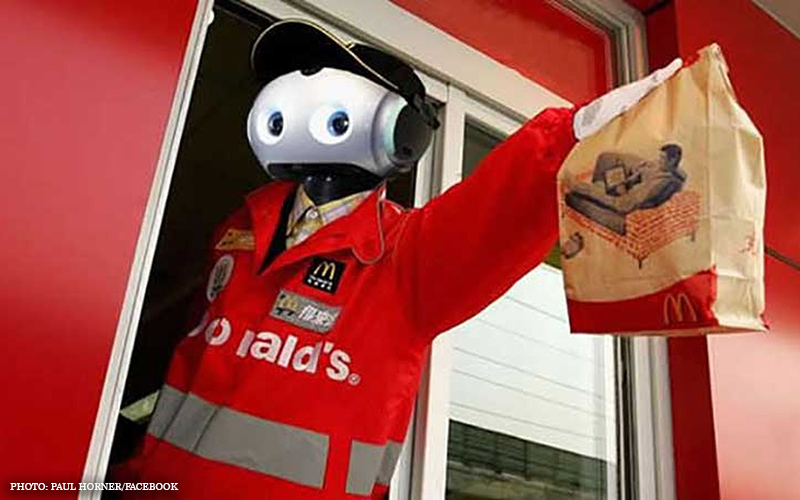 Fast_food_robot_2.jpg