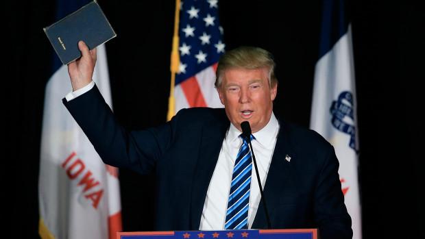 Trump-Bible-2-620x349.jpg