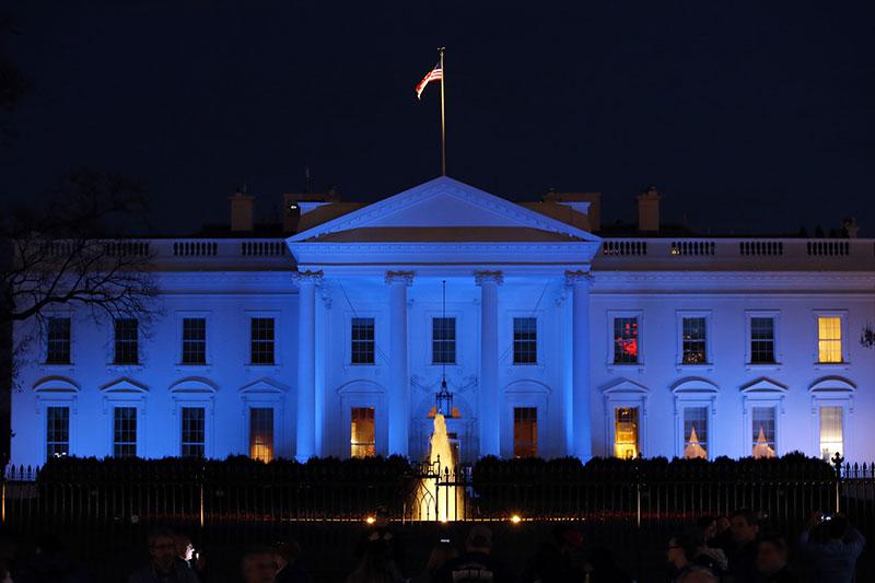 Trump_Blue_White_House.jpg