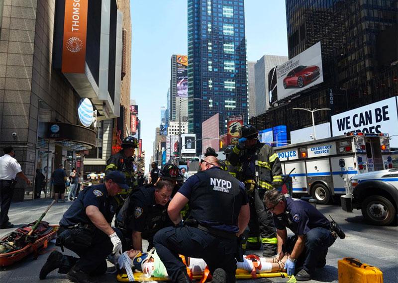Times_Square_Tragedy_2.jpg