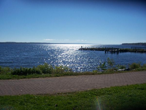 Seneca_Lake_vista.jpg