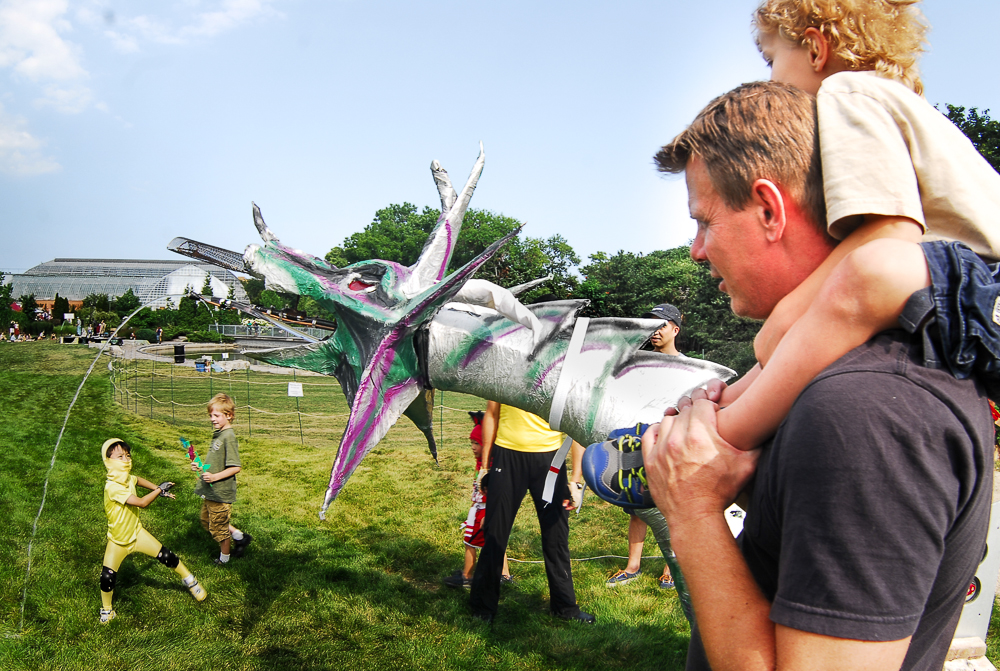 FIGMENT-Chicago-Aug10-11.2013-Dragon-Ninjas_(med-rez)-by-Tes-Rivera.jpg
