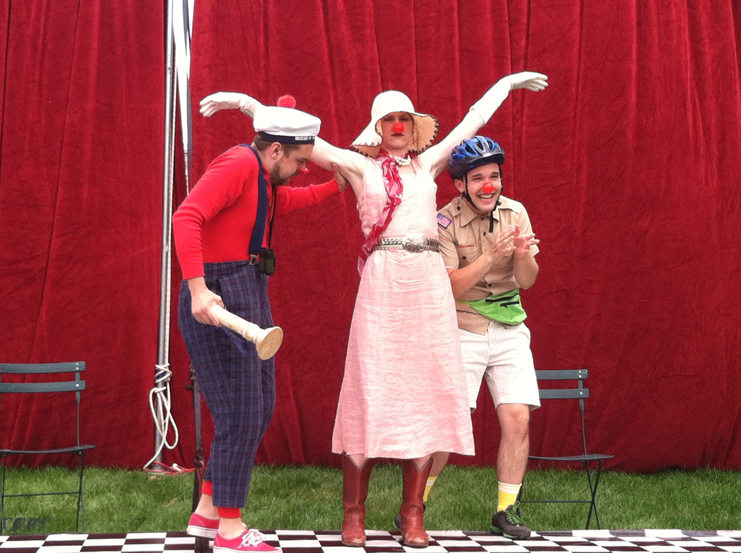 FIGMENT-Chicago-Aug10_Red-Curtain-Stage_David-Shuey.jpg