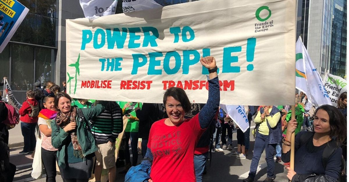 Friends of the Earth banner: Power to the People!  Mobilise, Resist, Transform