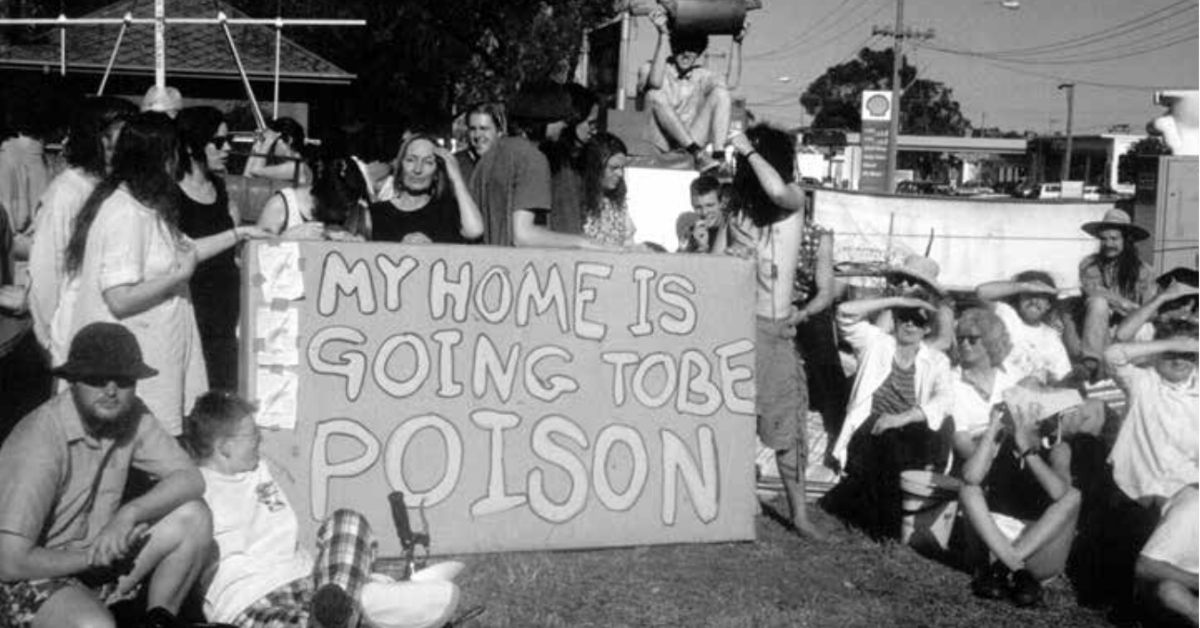 Protesters blockading the extension of Alexandra Parade in Melbourne in the early 1990s
