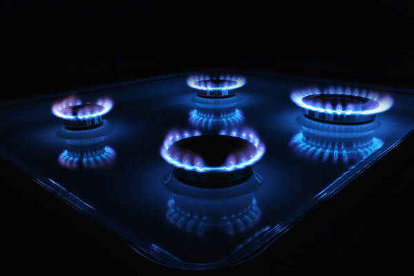 Creative_Wallpaper_The_flame_on_a_gas_stove_086581_.jpeg