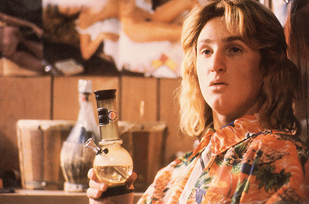 Jeff-Spicoli-with-a-plastic-bong.jpg