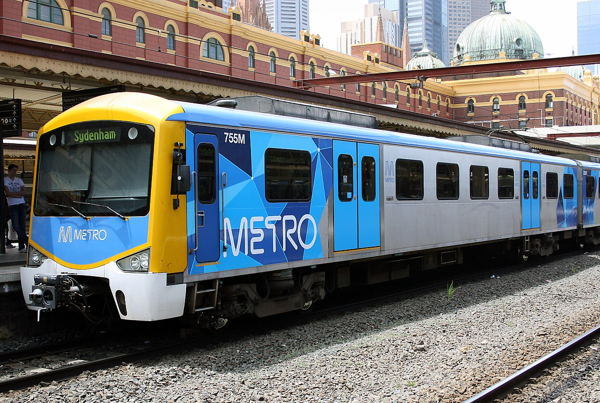 1200px-Siemens_train_in_Metro_Trains_Melbourne_Livery.jpg