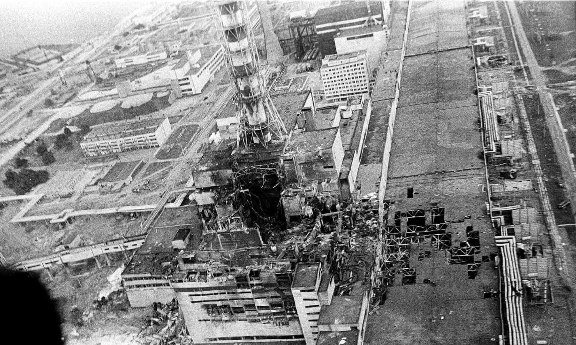 Chernobyl_b-w_(1).jpg