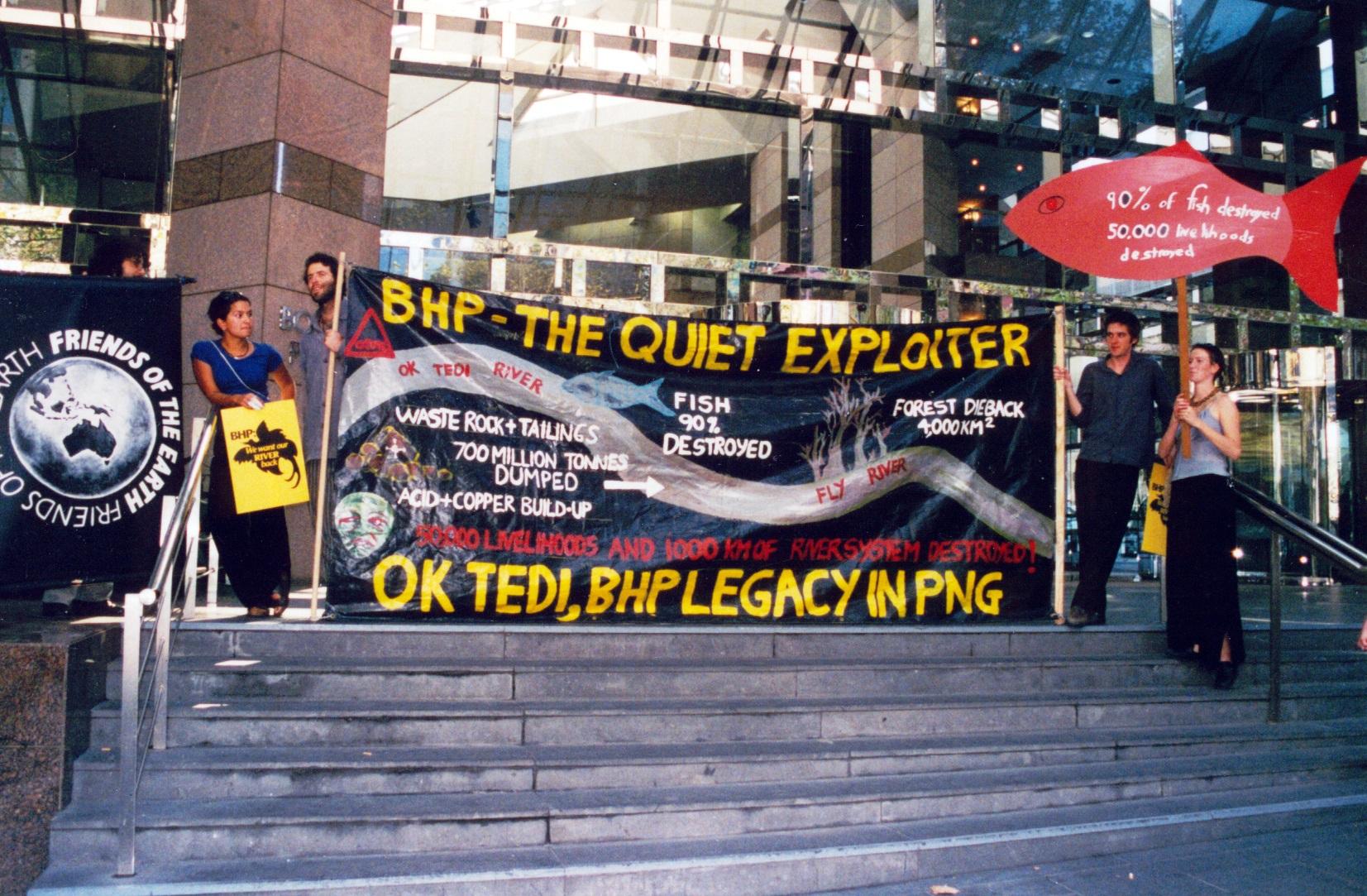 OK Tedi BHP protest