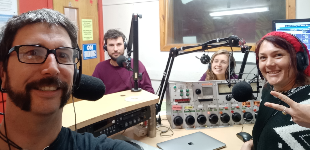 Dirt Radio is a program presented by Friends of the Earth campaigners and activists.  The show digs down into the dirt on important environmental and social justice issues.  Exploring the campaigns, issues and communities involved in defending their local environment.