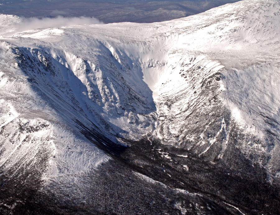 Tuckerman_Ravine_Winter.png