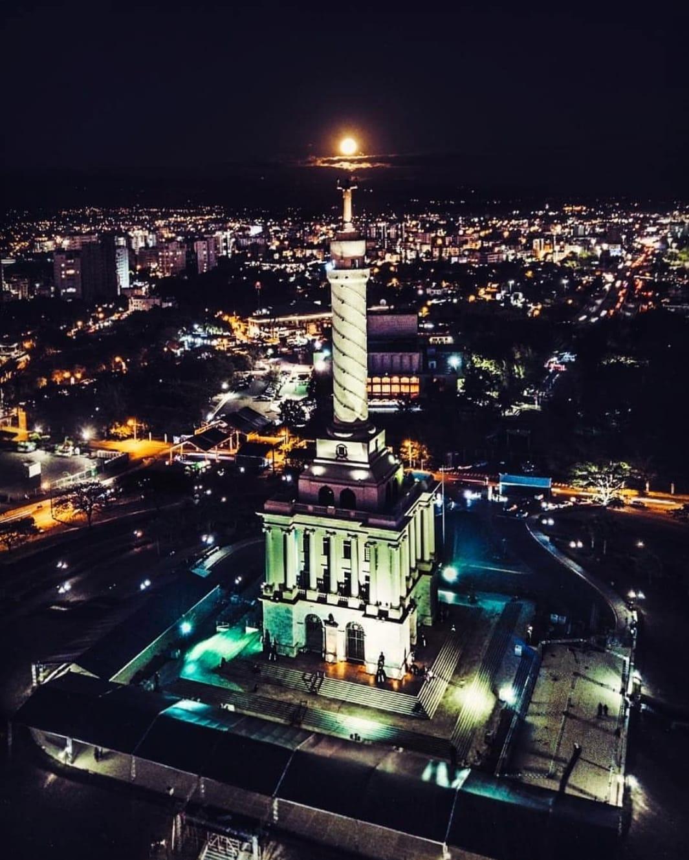Santiago.jpeg