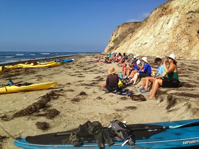 Kayaks_on_the_beach_IMG_0084.JPG