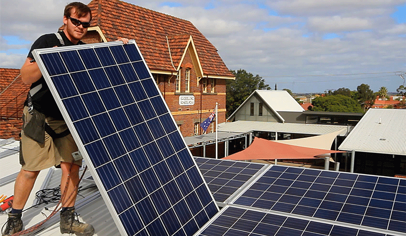 Geelong-Community-Solar-Installation.png