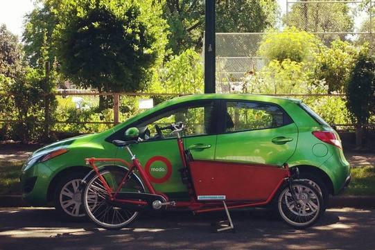 Modo_car_with_bike_edit.jpg