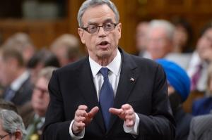 joe-oliver-federal-budget-2015.jpg