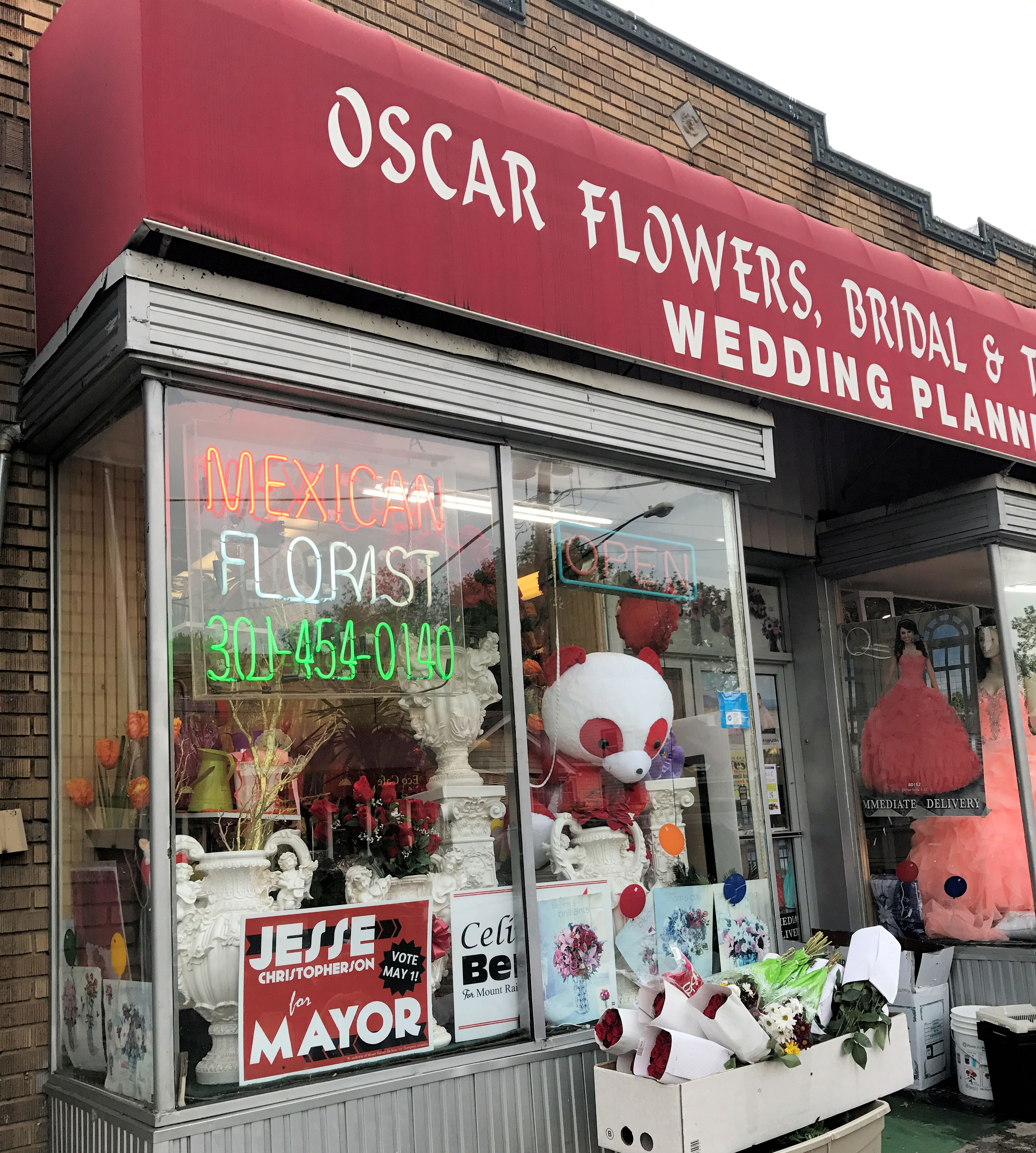 Oscar Flowers