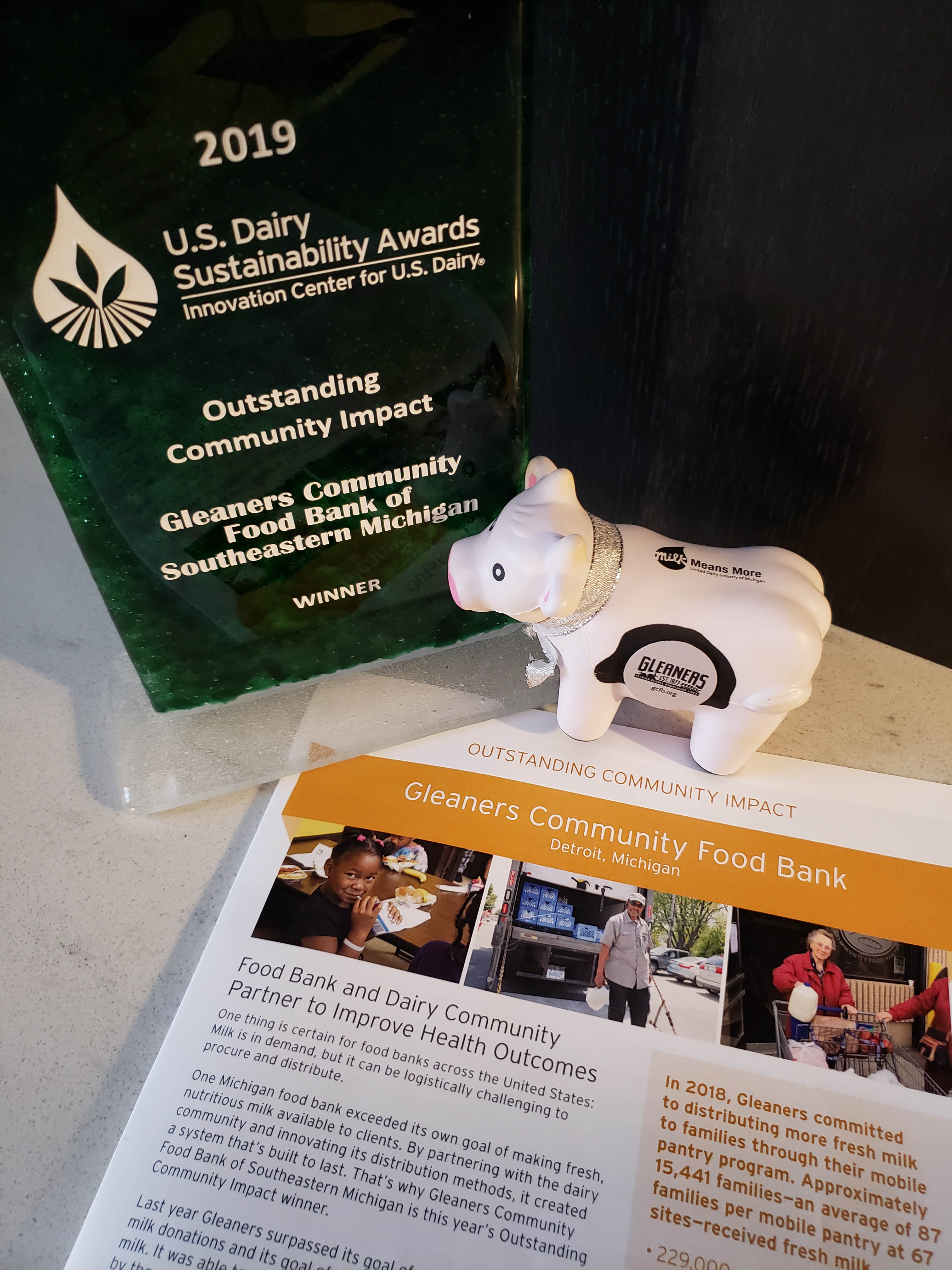 Dairy Award | Gleaners Community Food Bank