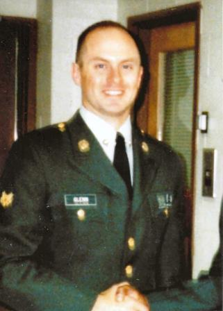 Gary_in_uniform_I.jpg