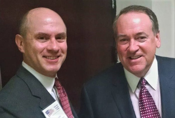 Huckabee_with_GG_Large.jpg