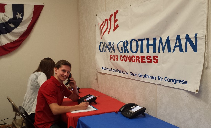 Grothman volunteers making calls!