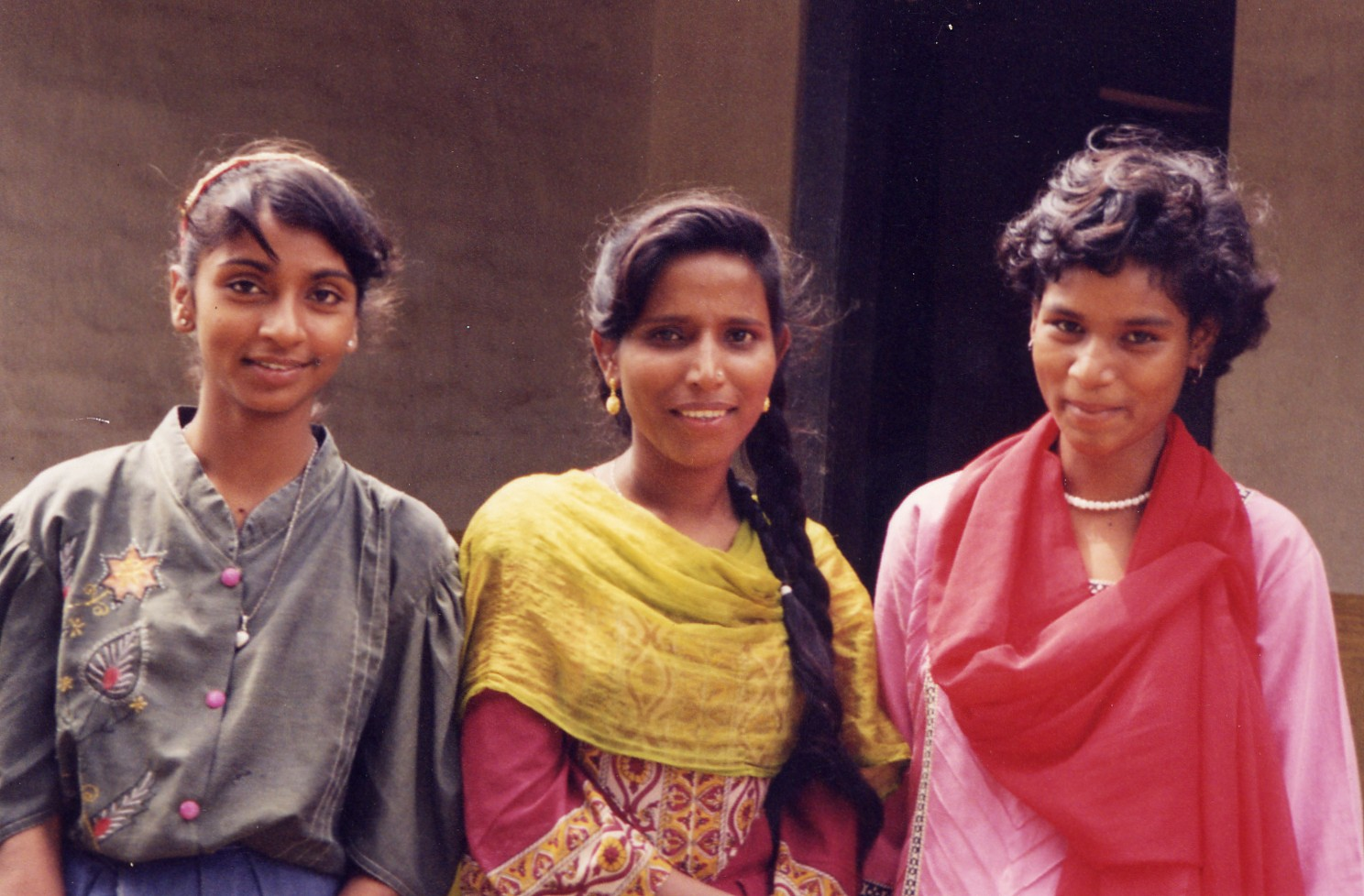 India_Young_Women.JPG