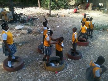 Haiti_-_Fonderlins_slide_show_1_001_Spr_2016.jpg