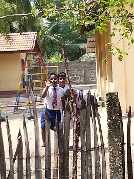 Sri_Lanka_-_J_K_pic3_Sp_2016.jpg