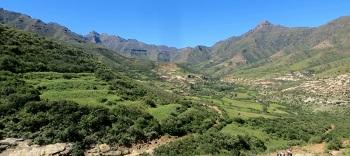Lesotho_-_scenic_valley.jpg