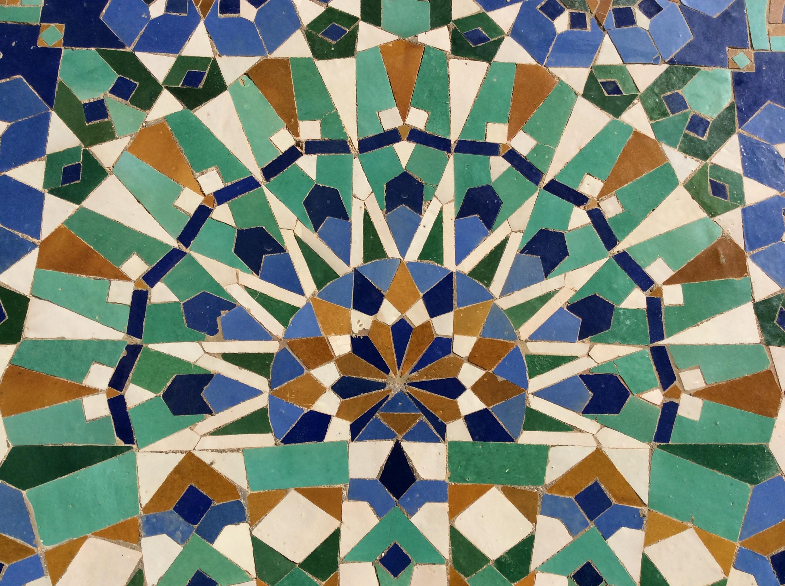 Mosaic_walls__Hassan_II_Mosque__Casablanca__Morocco_.JPG