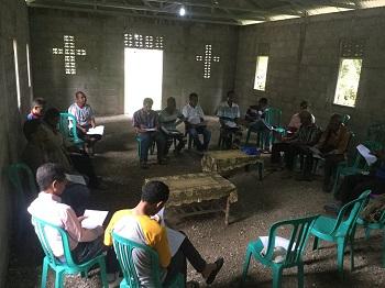 West_Timor_-_pastors_gathering_in_Uatulari.jpg