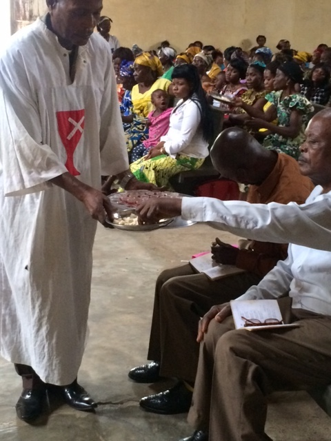 Congo_Communion_Paul_Turner_IMG_3454.jpeg