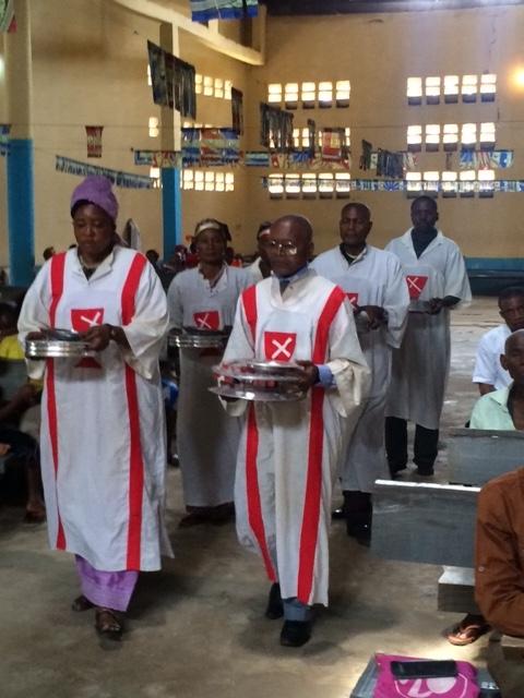 Congo_Communion_Paul_Turner_IMG_3464.jpeg