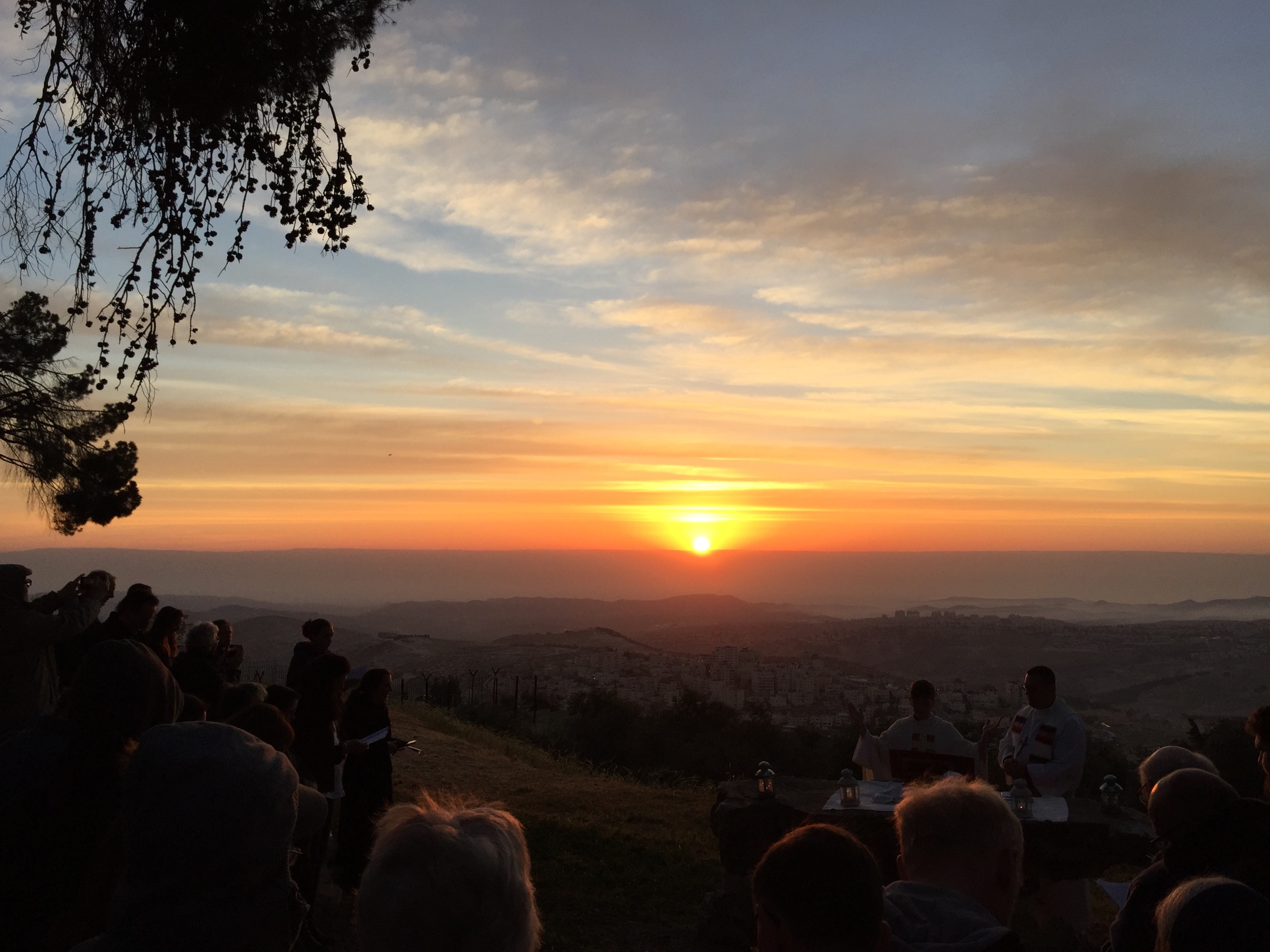 Israel_Palestine_Sara_Makari_Easter_Sunrise_Service_on_Mt._of_Olives.jpeg