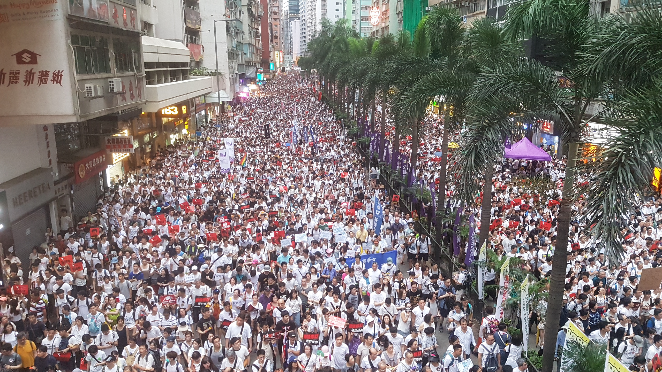 June_9_Hong_Kong_Protest.jpg