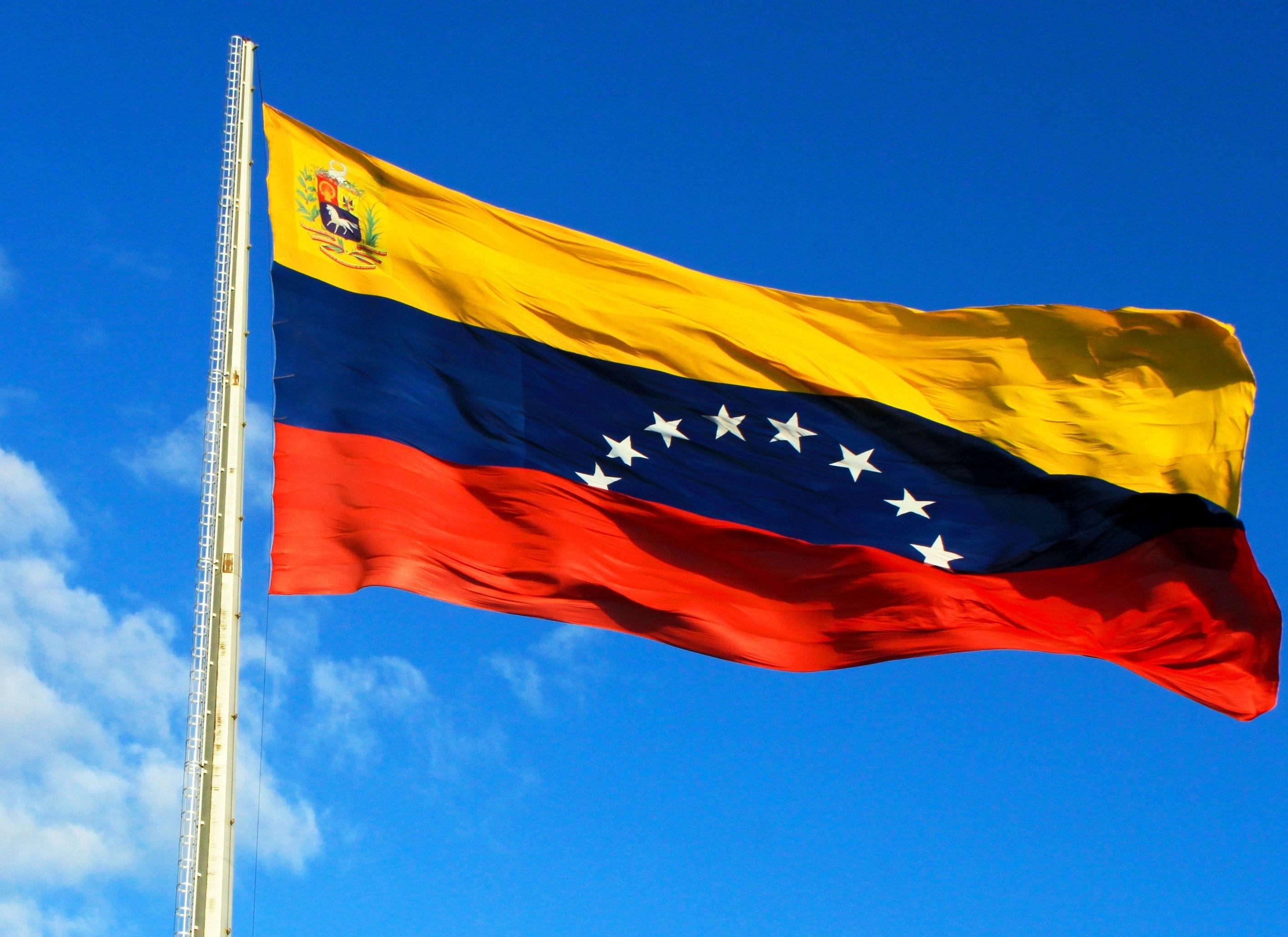 Venezuela_Flag_Angel.jpg