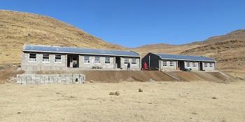 Lesotho_-_Bolahla_buidlings.jpg