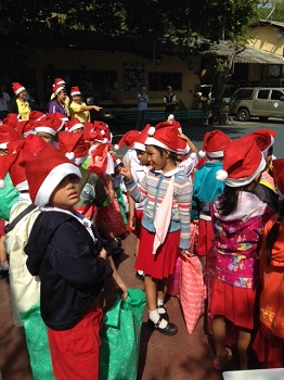 Thailand_-_Anne_Gregory_Xmas_2014_pic2.jpg