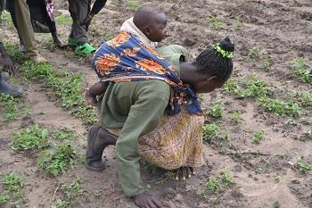 Kenya_-_photo_mama_and_baby.jpg