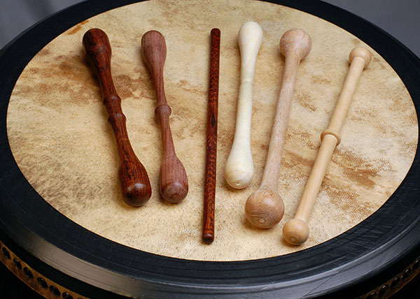 Bodhran_and_Tippers_600.jpg