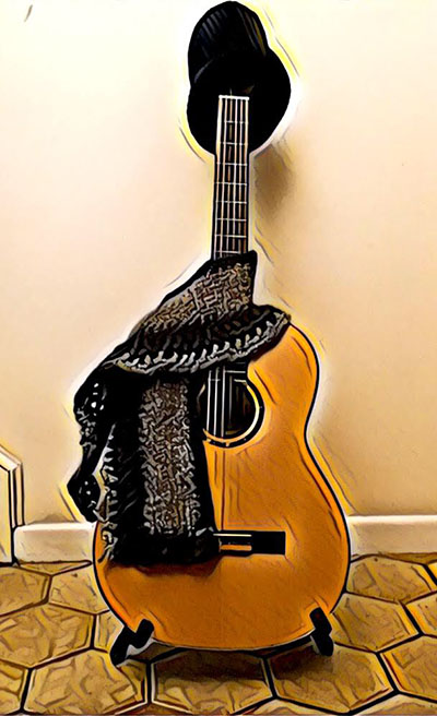 Guitar_and_shawl_400px.jpg