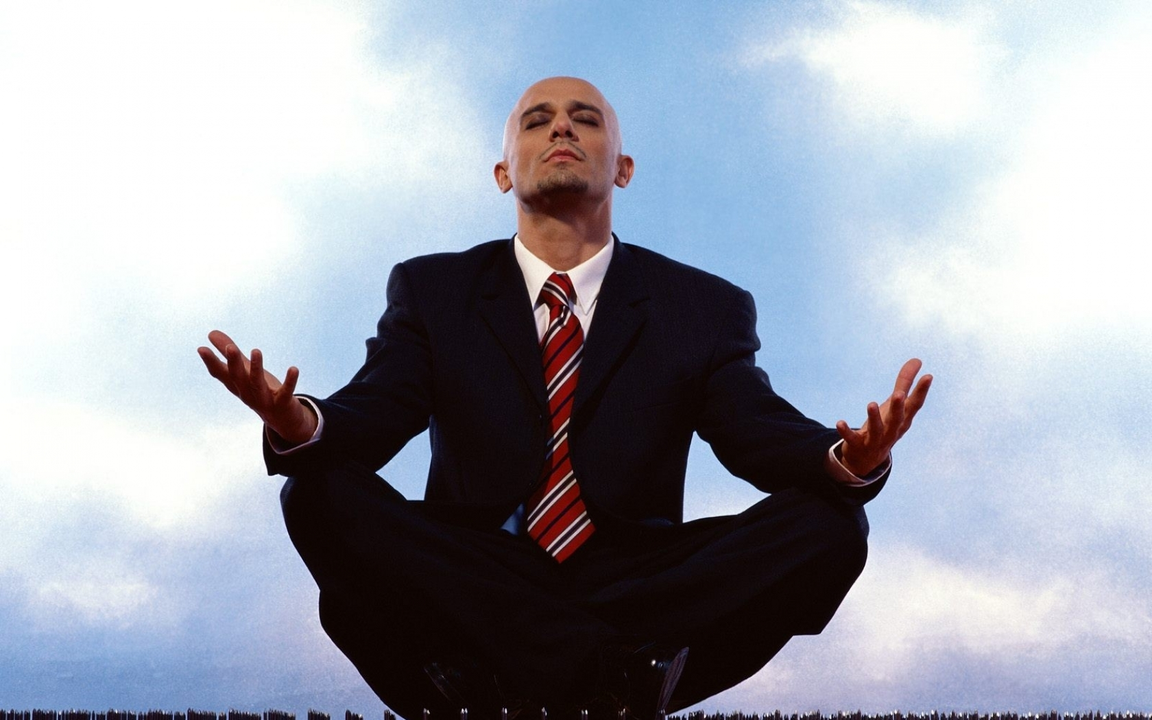 zen_yoga_business_meditation_legs_crossed_lotus_position_Wallpaper.jpg
