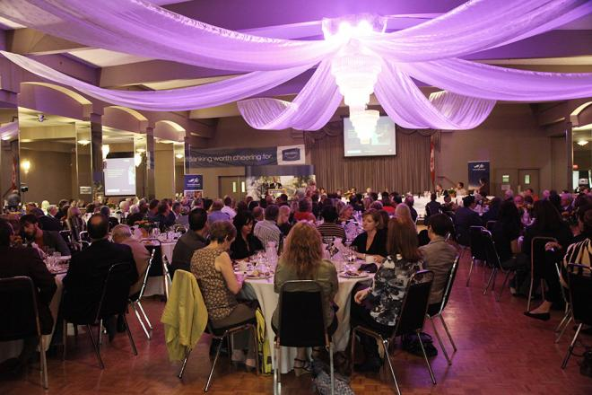 celebrity-luncheon-2012-grapegrowersofontario.jpg