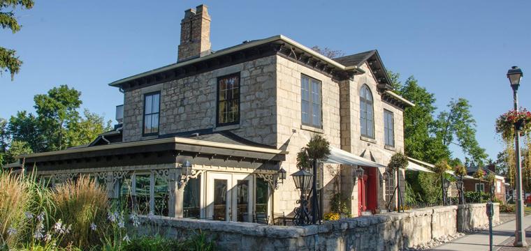 Rousseau House Restaurant & Lounge