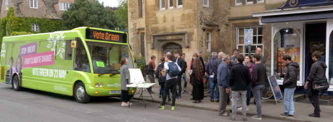 Bus and voters in Broad Street