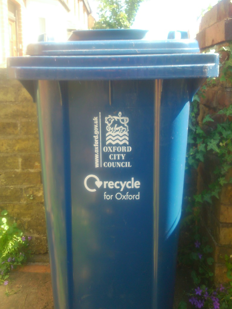 Oxford_Recycling_Bin.jpg