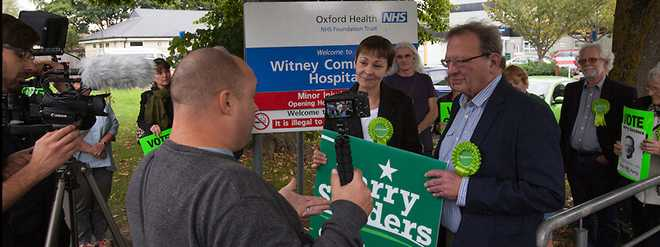 Caroline and Larry at Witney campaign launch